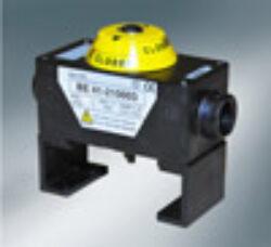 Koncový snímač polohy ( v boxu) -pro pneu.pohony  PD/PE .-Kompaktní koncový spínač  ( v boxu) pro pneupohony řady PE a PD . Standard konfigurace - dva mechanické mikrospínače , na víku instalován  optický ukazaltel polohy , který je snadno čitelný ze všech stran.br