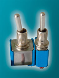 Servisní spínače (Aris)-Servisní spínače pro servopohony (ARIS) pro manuální řízení servopohonu. Nelze použít pro  servopohony řsérie NE.