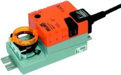 LM..A, NM..A-Klapkové pohony typové řady LM..A (5 Nm), NM..A (10 Nm) s připojovacím kabelem nebo svorkami pro klapky do cca 1m2, (2m2), univerzální třmen 6...20 mm, (8...26 mm).